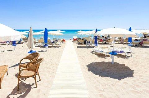 Lakókocsis nyaralás 5 főnek az olasz tengerparton