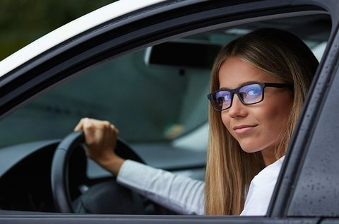Autós szemüveg készítés Eyedrive lencsével