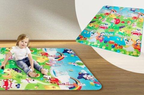 Játszószőnyeg színes mintákkal, figurákkal
