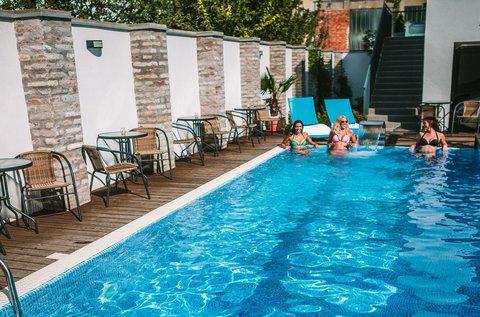 Élményteli családi pihenés év végéig Szegeden