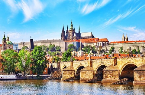 Izgalmas buszos kirándulás 1 fő részére Prágában