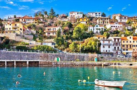 Buszos utazás 1 főnek Opatijába strandolással