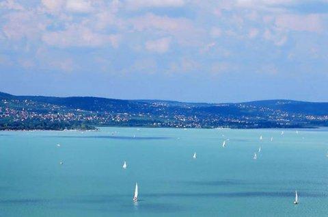 Hűsítő nyári élmények a Balaton partján, Siófokon