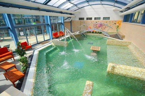Nyári wellness élmények Egerben fürdőbelépővel