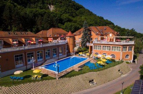 Frissítő wellness egész nyáron Esztergomban