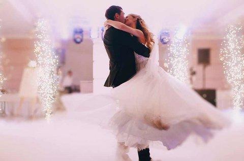 Esküvői táncoktatás választható stílusban