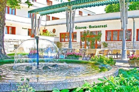 Nyári pihenés a kedvelt fürdővárosban, Harkányban