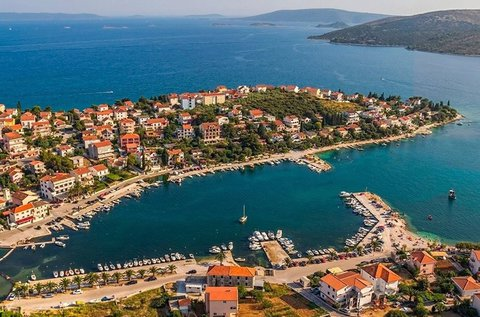 8 napos tengerparti nyaralás a horvát Adrián