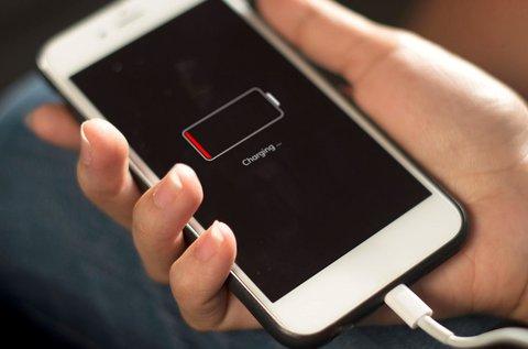 Akkumulátor csere Apple iPhone telefonokban