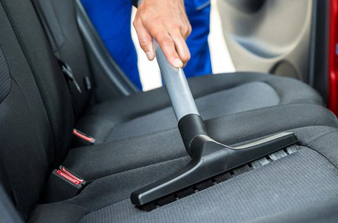 Külső és belső autómosás üléskárpit tisztítással