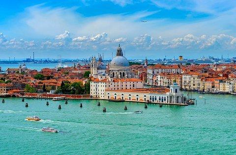 Augusztusi kiruccanás 1 főnek a csodás Velencébe
