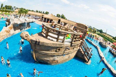 Látogass el az extrém vízi vidámparkba, Zatorba!