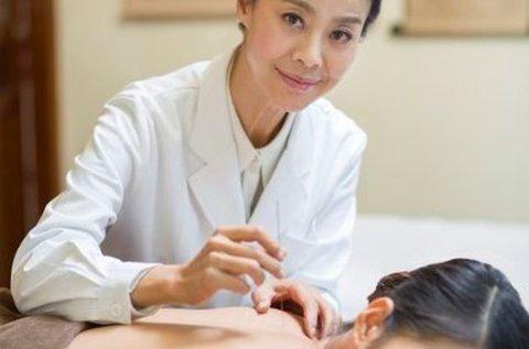 Tradicionális akupunktúrás kezelés konzultációval