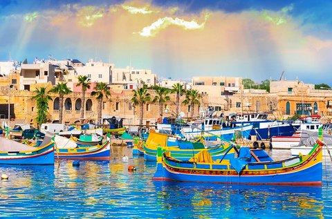 5 napos tengerparti üdülés a napsütéses Máltán