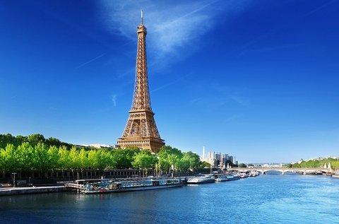 Romantikus őszi látogatás Párizsban repülővel