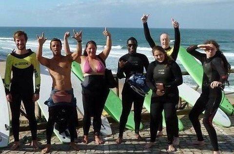 Óceánparti vakáció szörfözéssel Portugáliában