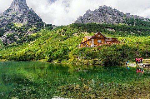 Bakancsos túra a lenyűgöző Zöld-tóhoz, buszos úttal