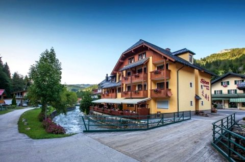 4 napos családi pihenés fürdőbelépővel Ausztriában