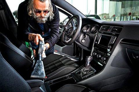 Teljes kárpittisztítás külső és belső autómosással