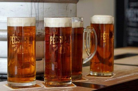 20 l-es Pécsi APA vagy 30 l-es Szalon sör hordóban