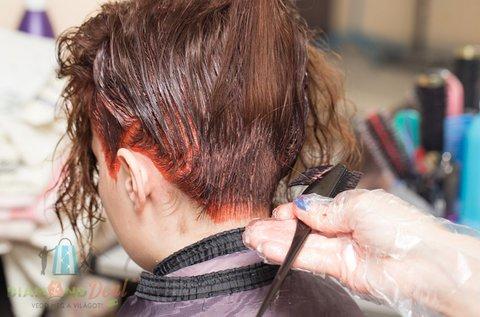 Divatos, új frizura hajfestéssel és vágással