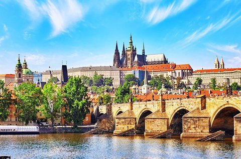 Buszos kirándulás Prágában és Kutná Horában