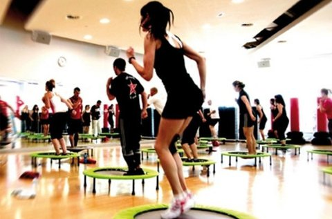 Hozd magad formába jumping fit edzéssel!