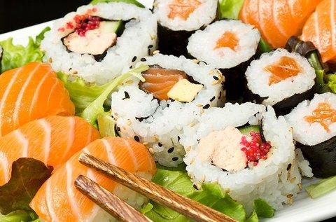 Ízletes 22 db-os sushi combo menü 1 fő részére