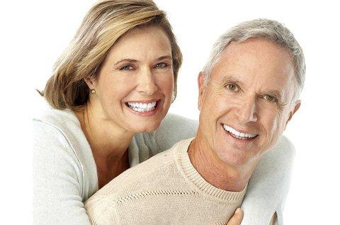 Egyrészes fogimplantátum beültetés
