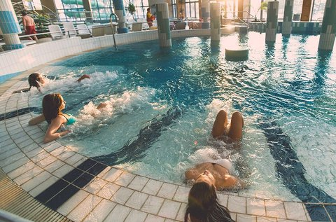 Gyopárosfürdői lazítás gyógyfürdő belépővel