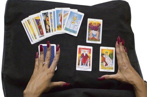 2 órás jövőképelemzés tarot-symbolon kártyával