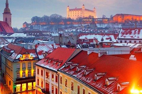 Adventi buszos utazás Pozsonyba és Schlosshofba