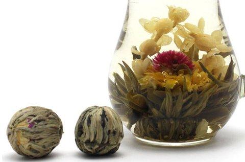 2 db különleges, forró vízben nyíló teavirág