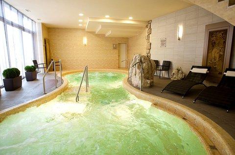 Lazító napok fürdőbelépővel Székesfehérváron