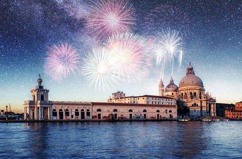 Köszöntsd az új esztendőt Velencében!