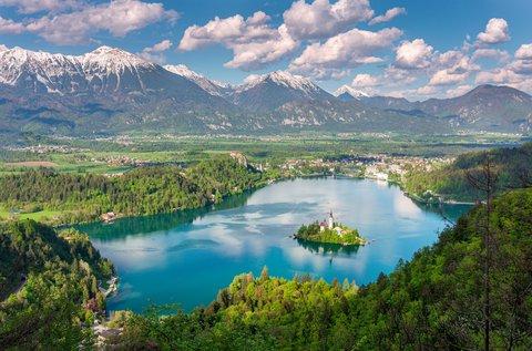 4 napos családi feltöltődés áprilisig a Bledi-tónál