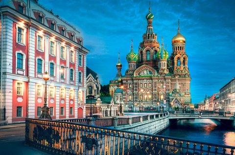 Fehér éjszakák januártól Szentpéterváron