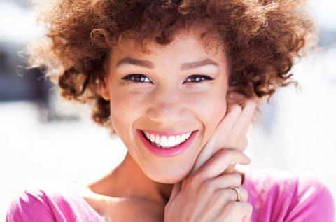 Esztétikus fogtömés a hibátlan mosolyért