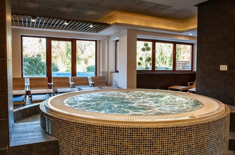 Sárvári élmények fürdő- és arborétum belépővel