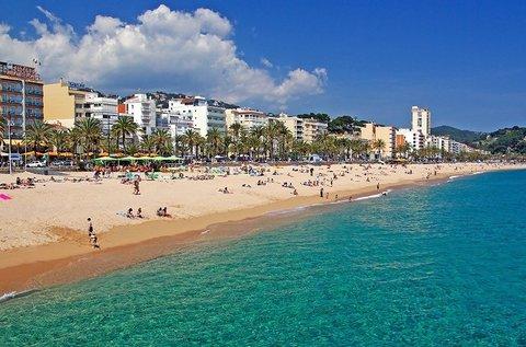 1 hetes nyaralás a csodás Costa Braván repülővel