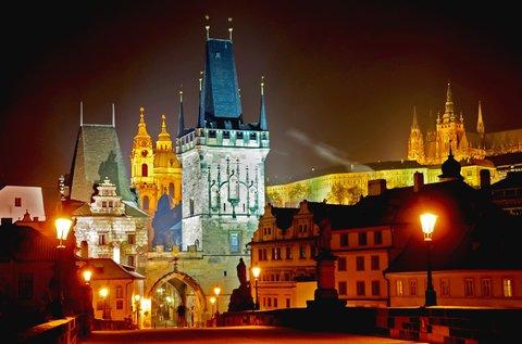 Hangulatos adventi hétvége Prágában, buszos úttal