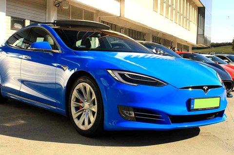772 LE-s Tesla Model S P100D vezetés
