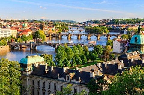 Romantikus hosszú hétvége tavaszig Prágában
