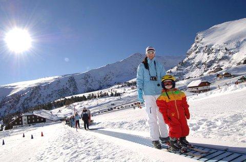 Téli síélmények az osztrák Alpokban, hétvégén is