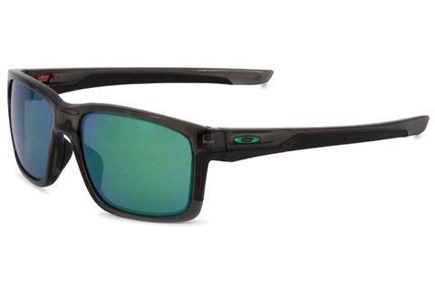 Oakley férfi napszemüveg tükrös lencsékkel