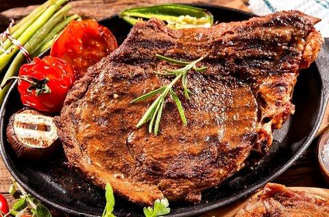 Steak vacsora 2 fő részére pálinkakóstolóval