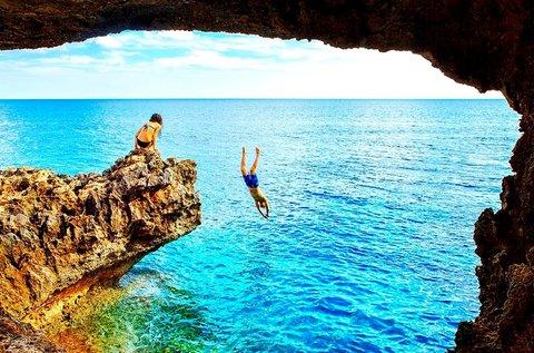 1 hetes tengerparti nyaralás Cipruson repülővel