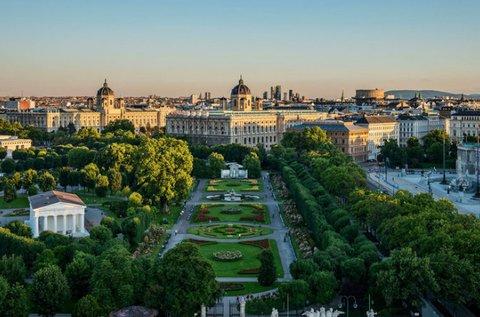 Élményteli szieszta uszodai belépővel Sopronban