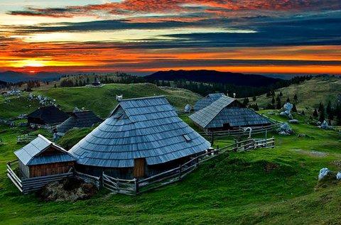 Családi síélmények a szlovén Alpokban