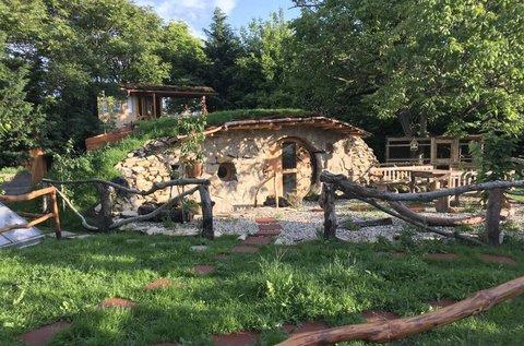 3 napos ürömi pihenés különleges hobbit házban